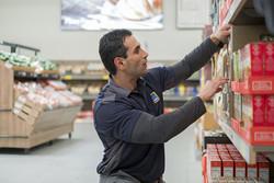 ALDI Employee Stocking