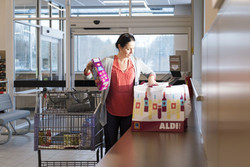 ALDI Bagging Counter